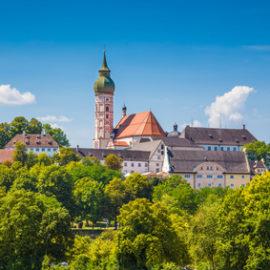 Meditation im Kloster in Bayern – Tipps und Anbieter